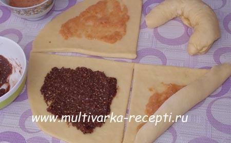 bulochki-iz-drozhzhevogo-testa-7