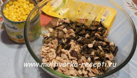 salat-s-kukuruzoj-i-gribami-3