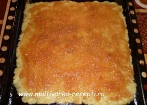 «Тертый» песочный пирог с повидлом