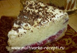 Бисквитный пирог с малиной в мультиварке