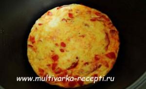 Омлет с болгарским перцем и помидорами в мультиварке