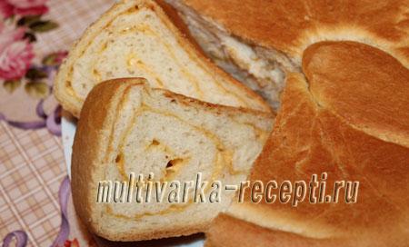 Дрожжевой пирог с сыром в мультиварке рецепт