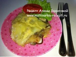 Картофельная запеканка с грибами и курицей в мультиварке
