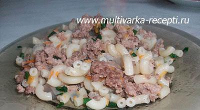 makaronyi-po-flotski-v-multivarke-redmond-4502