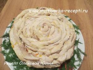 Мясной пирог «Чайная роза» в мультиварке