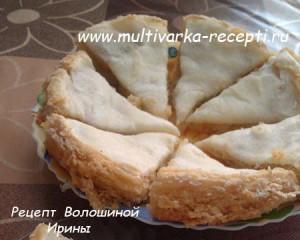 Песочно-яблочное пирожное с безе в мультиварке