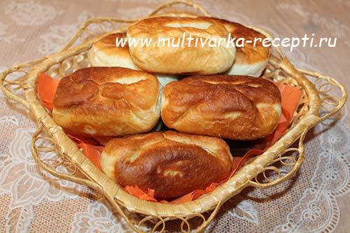 Дрожжевые пирожки в мультиваркеы с фото