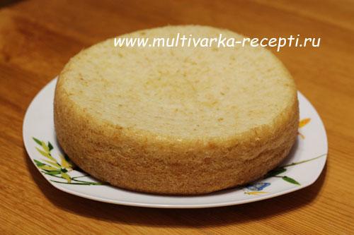 Бисквит на горячем молоке в мультиварке