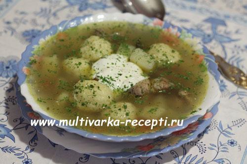 Суп с сырными галушками в мультиварке