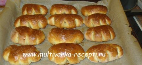 Сдобные булочки с хурмой