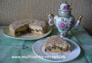 Пирог с халвой и орехами в мультиварке