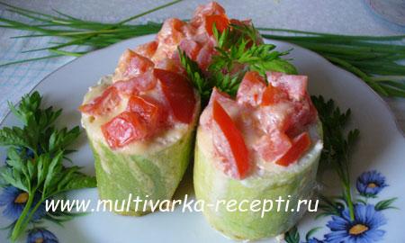 farshirovannye-kabachki-multivarke
