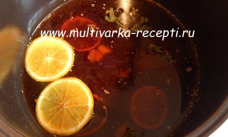 glintvejn-v-multivarke-recept