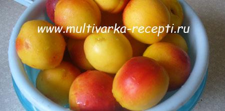 varenye-iz-abrikosov-v-multivarke-1