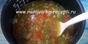 Пшенная каша с тушенкой и овощами в мультиварке