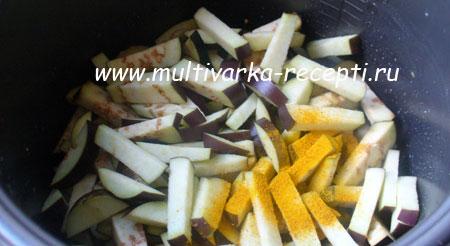 kartofel-s-baklazhanami-v-multivarke-2