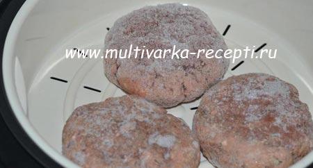 makarony-s-kotletami-v-multivarke-3