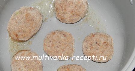 kotlety-iz-chechevitsy-v-multivarke-3
