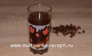 kompot-iz-sukhofruktov-v-multivarke