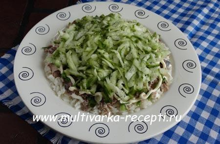salat-s-tuntsom-i-ogurtsom-4
