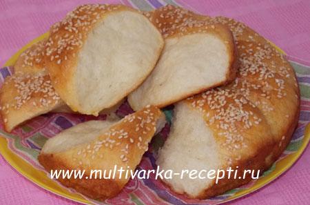 serbsky-khleb-pogachitse