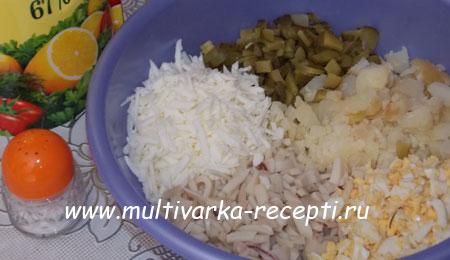 novogodnij-salat-varezhka-4