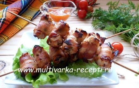 Рецепт куриных сердечек в сметане с картошкой в