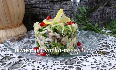salat-s-seldyu-i-avokado