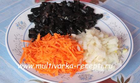 myasnaya-podliva-s-gribami-1