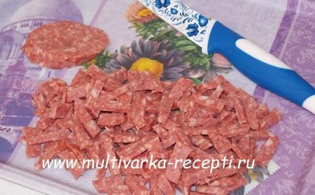 salat-s-kopchenoj-kolbasoj-5