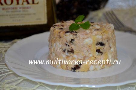 salat-s-kuricej-i-chernoslivom