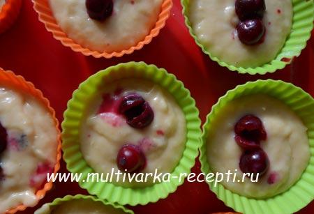 limonnye-maffiny-s-vishnej-v-multivarke-4