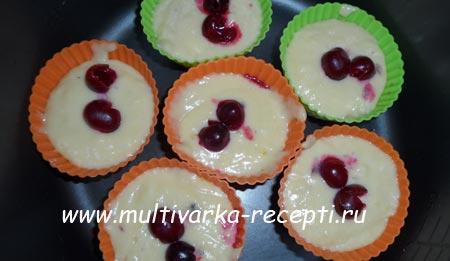limonnye-maffiny-s-vishnej-v-multivarke-5