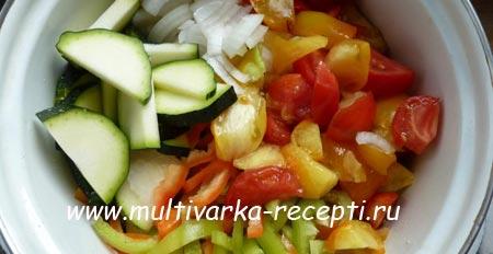 salat-iz-kabachkov-na-zimu-2