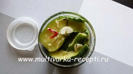 salat-iz-ogurcov-na-zimu-bez-sterilizacii-5