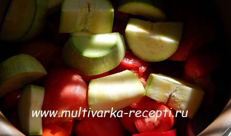 ostryj-ketchup-v-multivarke-2
