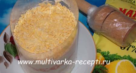 salat-s-krabovym-myasom-12
