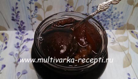 slivovoe-varene-s-orekhami