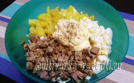 salat-s-zharenoj-kurinoj-pechenyu-3