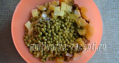 salat-s-marinovannymi-gribami-kartofelem-i-ogurcami-5