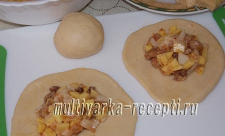 pirozhki-s-kartoshkoj-i-shkvarkami-v-duhovke-8