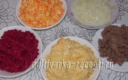 salat-navazhdenie-oformlennyj-v-vide-petuha-3