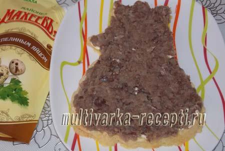 salat-navazhdenie-oformlennyj-v-vide-petuha-5
