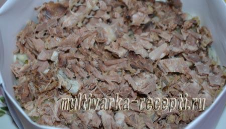salat-s-govyadinoj-solenymi-ogurcami-i-kartofelem-4