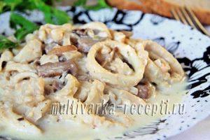 Тушеные кальмары в мультиварке - рецепты