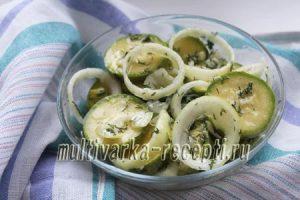 Быстрые маринованные кабачки: рецепт с фото