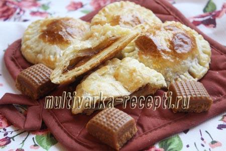 Быстрые пирожки из слоеного теста рецепт