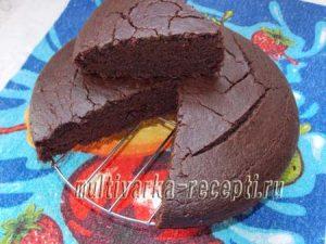 Постный пирог с гречневой мукой и какао в духовке