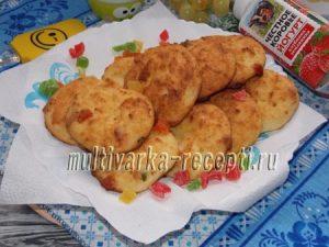 Мягкое творожное печенье с цукатами