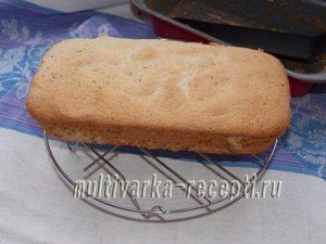Ангельский бисквит с шоколадной крошкой в духовке